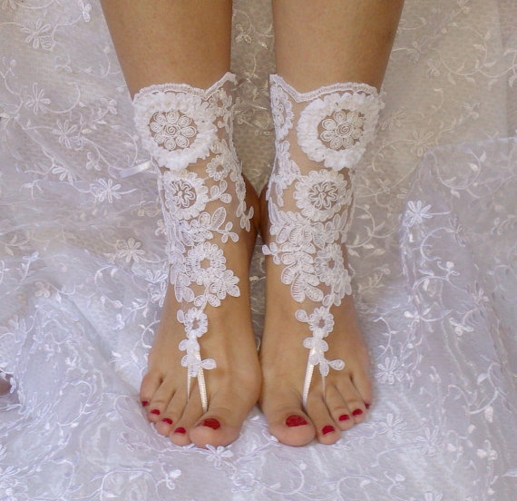 Wedding - Free ship white Beach wedding barefoot sandals wedding shoe prom party steampunk bangle beach anklets, bridal accessories
