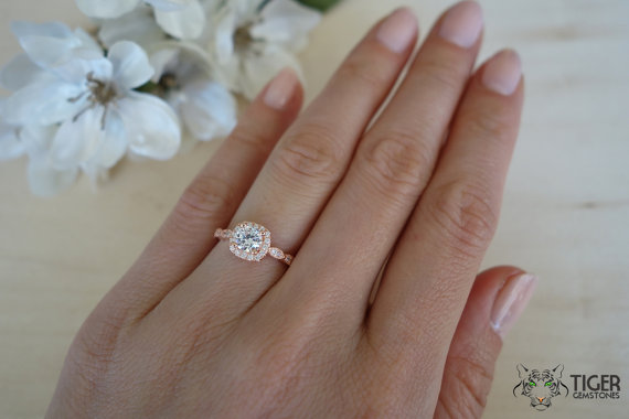 Mariage - 3/4 Carat Halo Vintage Engagement Ring, Man Made Diamond Simulants, Art Deco, Wedding, Bridal, Promise Ring, Sterling Silver & ROSE Gold