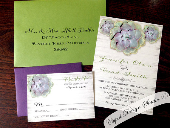 Mariage - Succulent wedding invitations. Rustic. Cactus. Whimsy. hydrangeas. Green. Purple. Wood. Outdoor wedding. Barn.