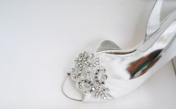 Hochzeit - rhinestone applique bridal shoe clips