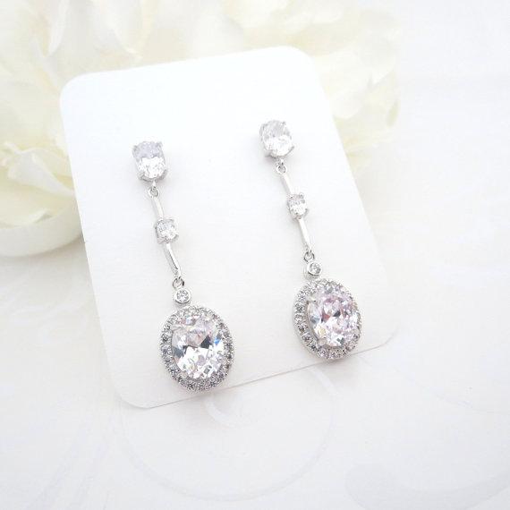 Свадьба - Long Wedding earrings, Crysta Bridal earrings, Wedding jewelry, Oval earrings, Rhinestone earrings, Simple earrings, Cubic zirconia earrings