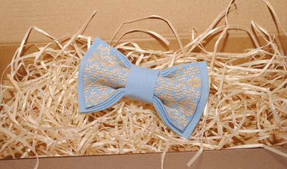 Wedding - Embroidered blue bow tie Beige pattern Men's bow tie Gift idea men Boys bowtie Groomsmen bowtie Gift for him Anniversary gifts for husband