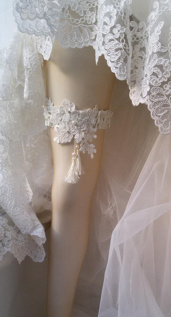 Boda - Wedding leg garter, Wedding Leg Belt, Rustic Wedding Garter, Bridal Garter , Of white Lace, Lace Garters, ,Wedding Accessory,