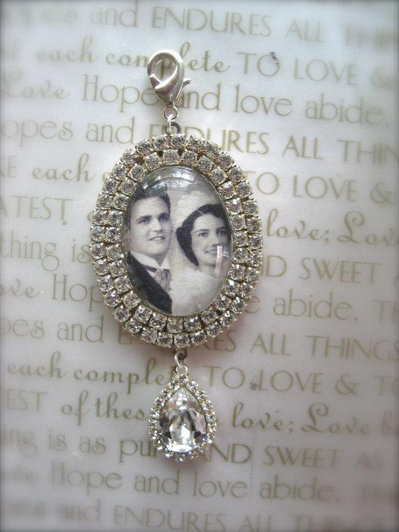 زفاف - Wedding Bouquet Photo Charm, Bridal Bouquet Charm, Swarovski Crystal Memory Photo Charm