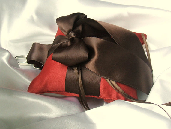 Свадьба - Pet Ring Bearer Pillow...Made in your custom wedding colors...shown in burnt orange/chocolate brown