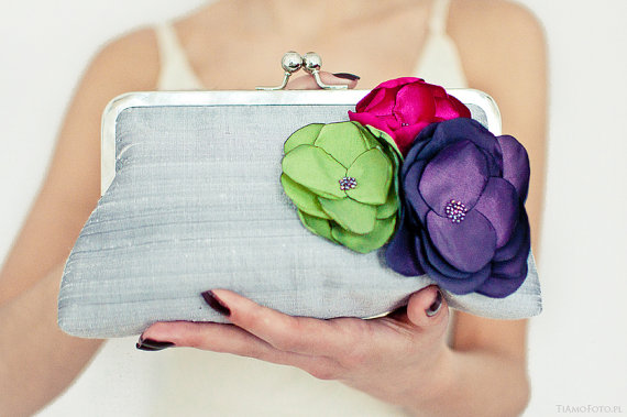 Свадьба - Wedding Purse Silver Dupioni Silk Bunch of Flowers Bridesmaids Gift Clutch UK  Seller