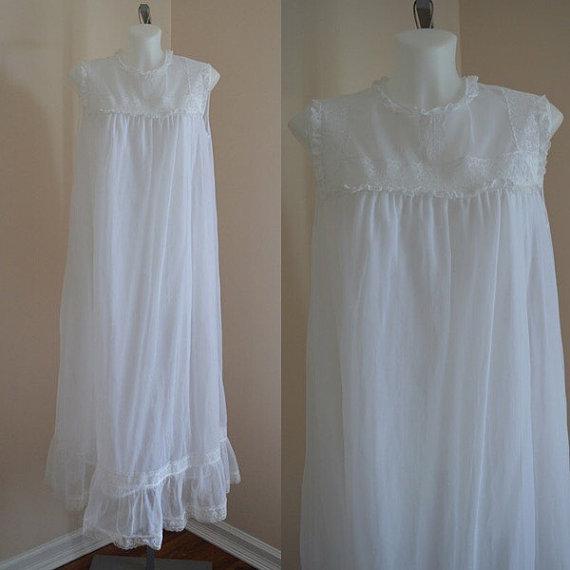 Hochzeit - Free Shipping, Vintage Nightgown, Vintage White Nightgown, Vintage White Chiffon Nightgown, Wedding, Chiffon Nightgown, 1960s Nightgown