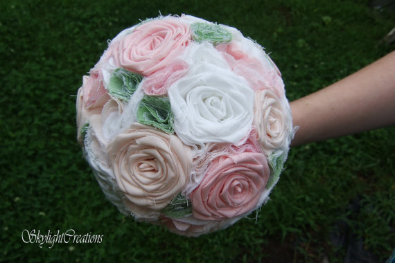 Свадьба - Soft Pink Bridal Bouquet White Green Barnwood Handle Jute Rope Country Barn