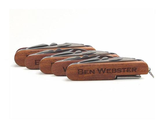 Свадьба - Set of 10, Groomsmen Gift, Best Man Gift, Usher, Ring Bearer, Laser Engraved Pocket Knives Multi Tool Multitool