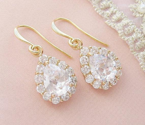 Свадьба - Gold Bridal Earrings Gold Wedding Earrings Cubic Zirconia Teardrop Earrings Gold Wedding Jewelry Bridal Jewelry Gold Crystal Earrings