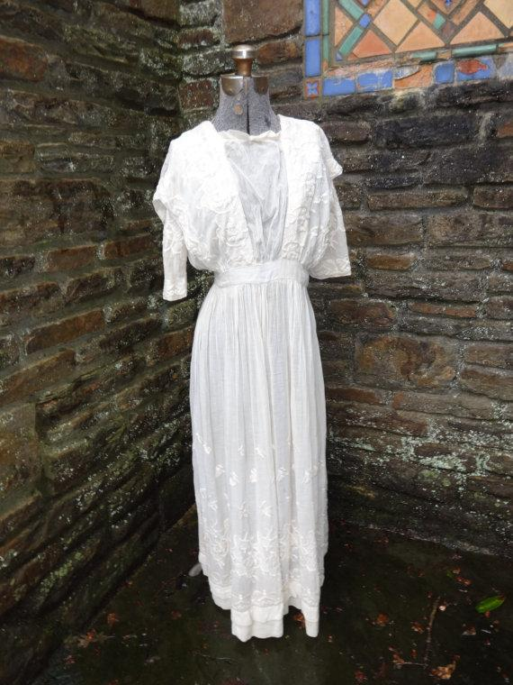 Düğün - vintage women's edwardian tea dress 1900's wedding bridal early textiles embroidered