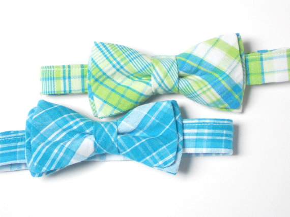 Wedding - Preppy plaid bow tie for boys, toddler plaid bow tie, summer bow tie, wedding bow tie, ring bearer bow tie, baby shower gift