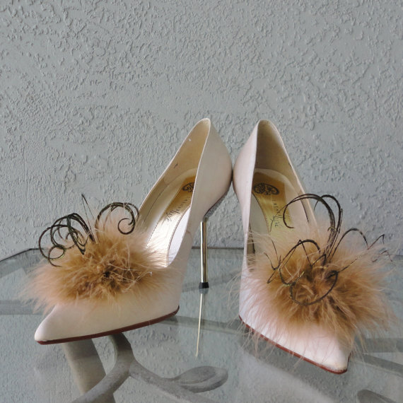 Mariage - Tan And Gold Marabou Feather Shoe Clips More Colors Available
