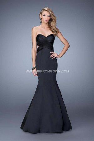 Mariage - 2015 Black La Femme 21375 Side Cutouts Satin Mermaid Prom Dress