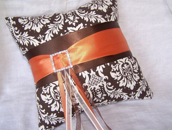 Свадьба - RING BEARER PILLOW - Brown and Burnt Orange, Damask Fabric, Rhinestone Buckle, Custom