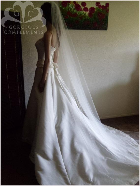 Свадьба - Wedding Veil Single Tier Cathedral Cut Edge Standard Fullness ST120X70CE