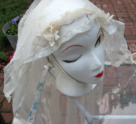 Hochzeit - Vintage Bridal Veil with Bridal Picture 30s-40s Possibly Earlier Two Tiered Veil Netted Lace Veil Old Veil