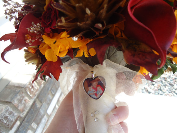 Mariage - Heart Photo Wedding Bouquet Charm and/or Photo Necklace