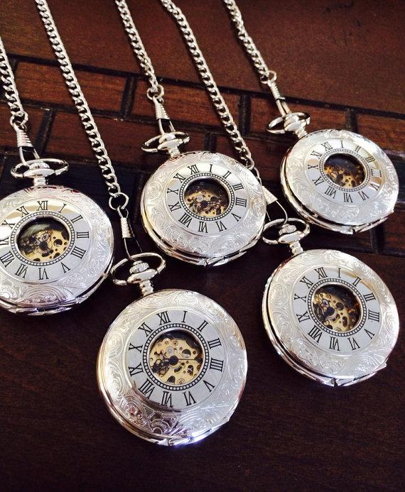 Mariage - Mens Silver Pocket Watch Set of 5 Personalized Mechanical Watches Groomsmen Gifts Steampunk PKM0W