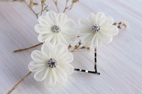 Свадьба - Ivory Bridal Hair Pins, Small Hair Clips, Wedding Bobby Pins, Kanzashi Hair Pins, Bridesmaid Flowers, Organza Hair Clips, Rhinestone Accent