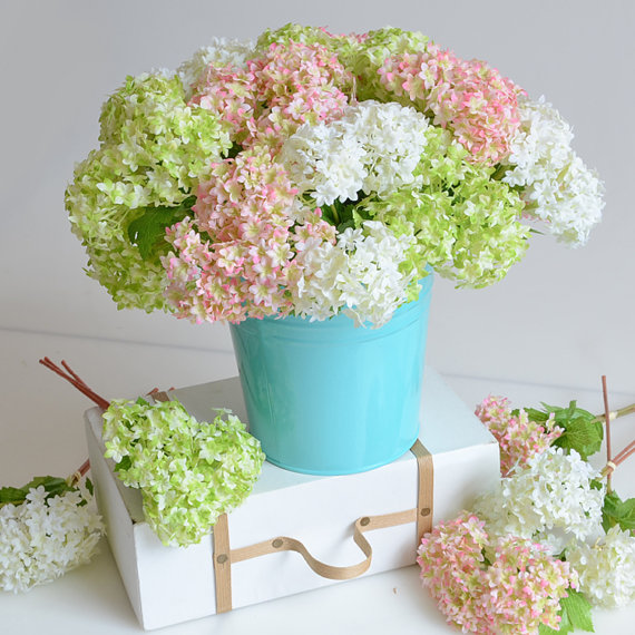 Mariage - 24pcs/lot Mini Artificial Hydrangea Home Decorations Fake Flowers Silk Hydrangea For Bridal Bouquet Table centerpieces