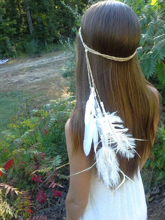 Mariage - white, Feather, HeadBand, Native, American, style,  wedding, bridal , boho , wedding, veil, hippie, bohemian, bride, ivory, braided, gypsy