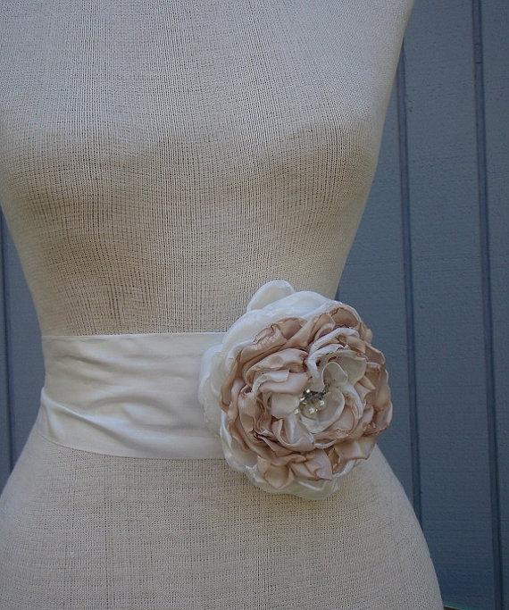 Wedding - Bridal sash, belt  wedding sah, belt ,   handmade champagne,  off white  one  flower sash