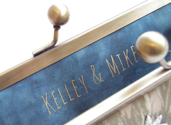 زفاف - Customised message, bridal clutch bag, wedding monogram, custom slogan, bridesmaid, bridal gift for her