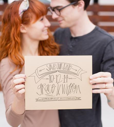 Hochzeit - Custom Save The Date Photo Prop