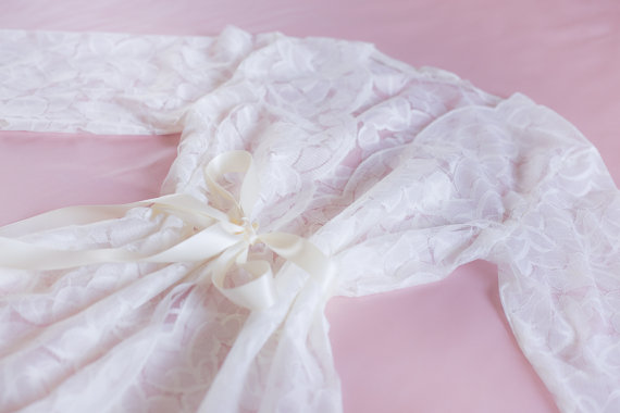 Mariage - Ready to ship - Lace Robe for Bride, Bridal Gift, Bachelorette party Gift, Honeymoon, Lace Kimono, Wedding Gift, I do, White Lace