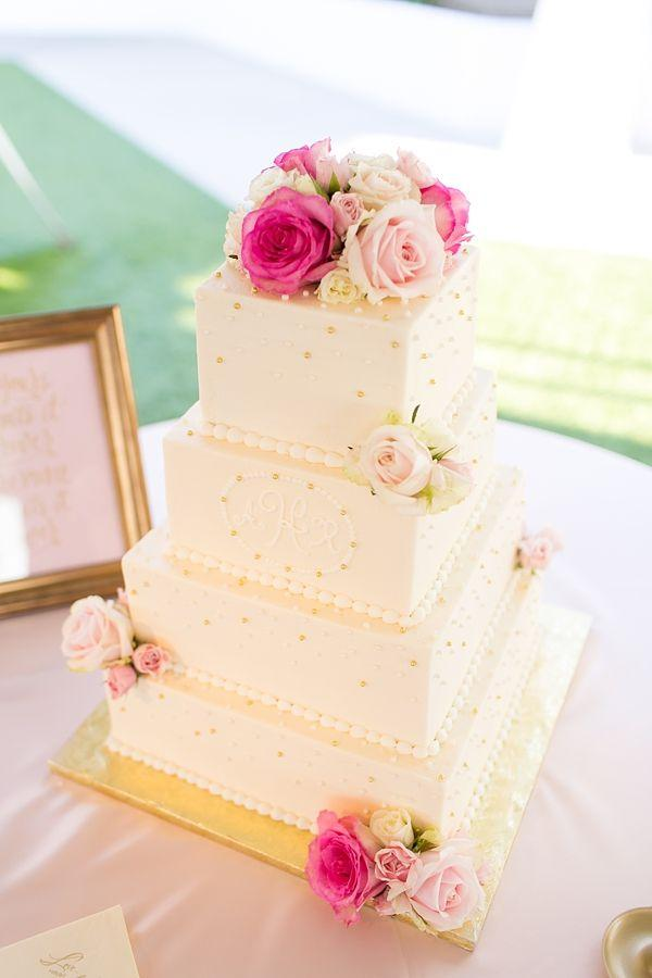 Mariage - Pink And Gold Cavalier Golf And Yacht Wedding
