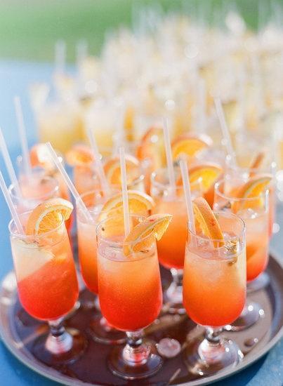 Hochzeit - 13 Ways To Shake Up A Standout Signature Wedding Cocktail