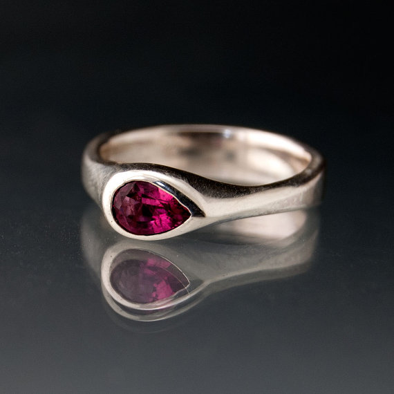 Mariage - Tear Drop Pink Tourmaline Engagement Ring in Sterling Silver, Palladium, White Gold, Platinum, Yellow and Rose Gold, pear gemstone ring