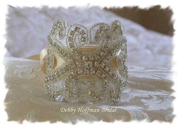 Mariage - Rhinestone Crystal Bridal Bouquet Wrap, Jeweled Bouquet Cuff, Bridal Cuff Bracelet, No. 2011BW, Wedding Accessories,  Wedding Bouquet Wrap