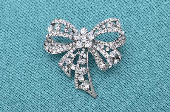 Mariage - Rhinestone Wedding Brooch Silver Brooch Rhinestone Bridal Brooch Wedding Accessories