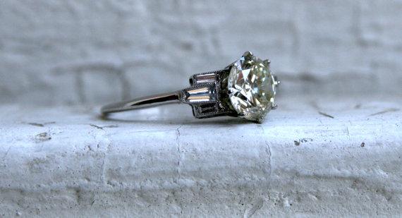 Mariage - Deco Vintage Platinum Diamond Engagement Ring with Baguettes - 1.80ct.