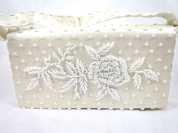 Mariage - White Glass Beaded Handbag Clutch Silk Lined Heavily Beaded Fold Over Style w/ Handle Formal Wedding White on White Evening Bag Yamamoto Ltd
