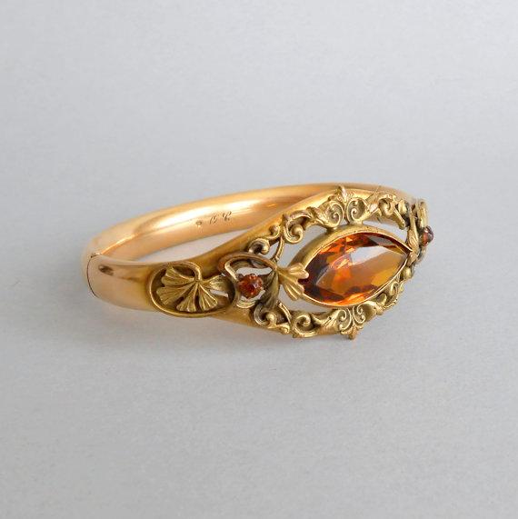 Hochzeit - Art Nouveau Bracelet. Leaves. Amber Glass Stone. Bridal Wedding.