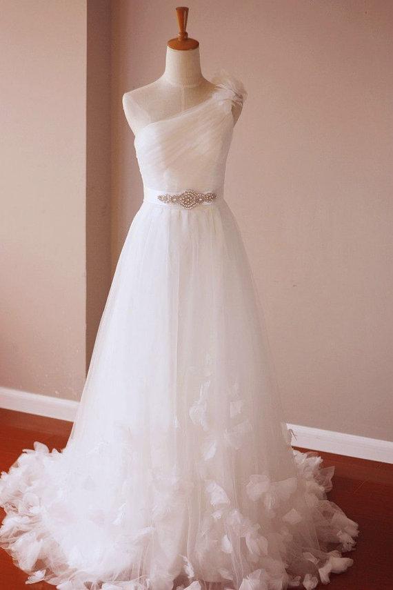 زفاف - Single Shoulder Side Strap Boho Style Flower Wedding Bridal Dress also Great for  Beach Wedding