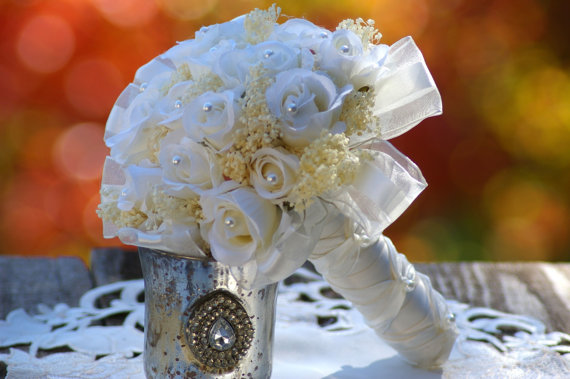 Bridal Bouquet Throwing : Toss rehearsal bridal bouquet white ivory silk rose