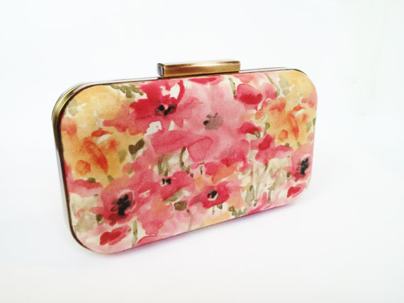 Свадьба - floral clutch, bridesmaids gift, coral bridesmaids, coral weddings, watercolor floral, pink clutches, salmon clutch, coral and mint, wedding