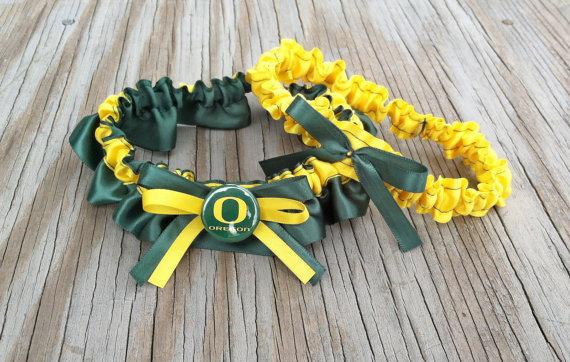 زفاف - Oregon Ducks Inspired Dark Green & Yellow Bridal Satin Wedding Keepsake Or Garter SET