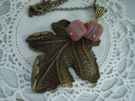 Wedding - Vintage Sandstone Glass Antiqued Gold Leaf Leaves Autumn Pendant Necklace Southwest Woodland