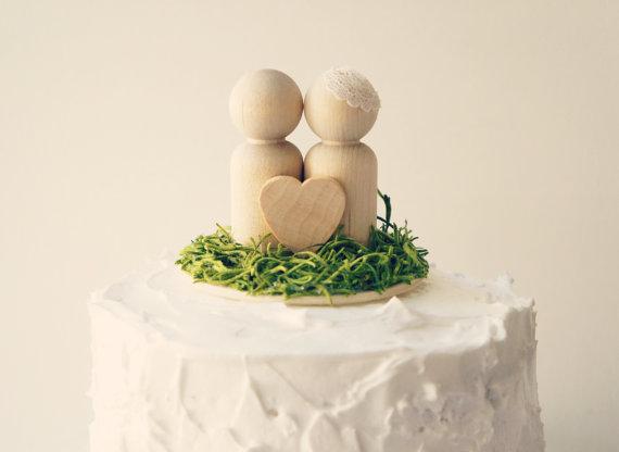 Wedding - Woodland wedding cake topper, Rustic cake topper, Peg doll cake topper, Rustic Wedding accessory, Bride and groom cake topper