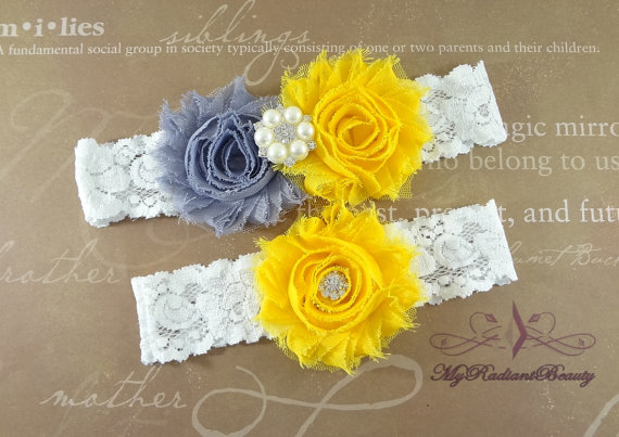 Свадьба - Wedding Garter, Garters, Bridal Garter, Shabby Rosette Gray Yellow Garter, Garter set, Garter belt, Lace Garter, Custom Garter Set GTF0028GY