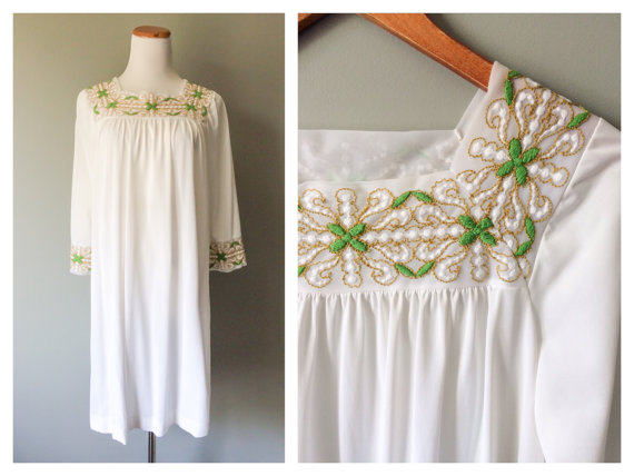 Mariage - Vintage Lingerie Night Gown Embroidered Yoke Neck Dress 1960s Negligee White Nightgown Nylon Pajama Party One Size Small Medium Large XL