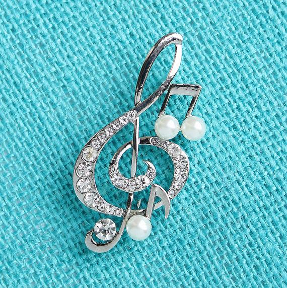 Свадьба - Crystal Pearl Music Brooch Rhinestone Silver Music Treble Clef Broach Wedding Bridal Bouquet Brooches Boutonniere DIY Jewelry Silver Broach
