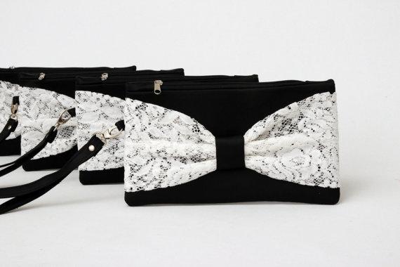 Hochzeit - Promotional sale   - SET OF 5 -  Black ivory  Bow wristelt clutch,bridesmaid gift ,wedding gift ,make up bag,zipper