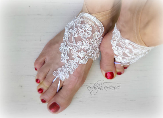 Hochzeit - Barefoot Sandals - Foot Jewelry - White Lace - Beach Wedding - Bottomless Sandals - Brides Bridesmaids - Reception Shoes - Belly Dancing