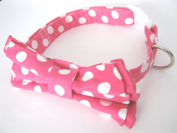 Свадьба - Dog Bow Tie Collar / Pink collar with bowtie  / polka dot